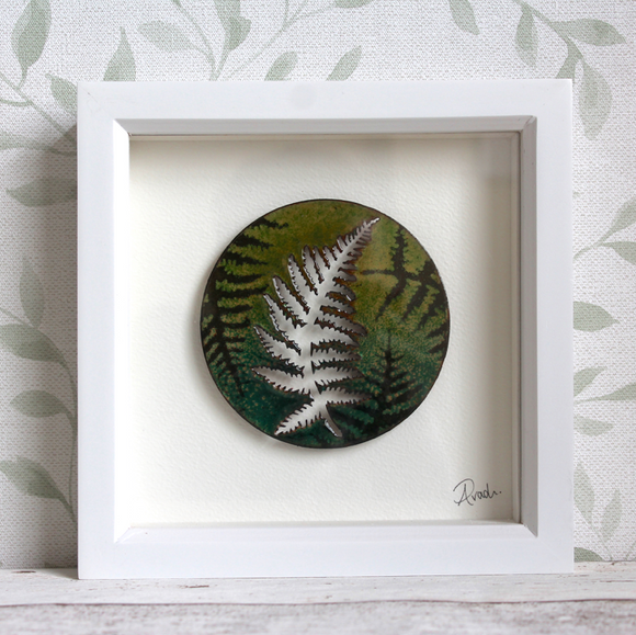 Fern - Medium Frame