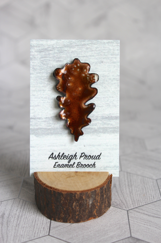 Brown Oak Brooch