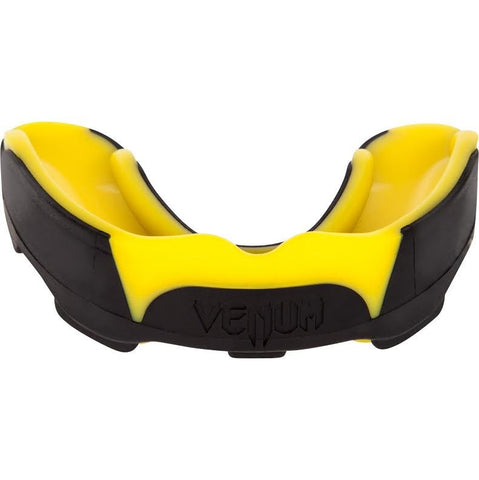 Venum <br> Predator Mouthguard <br> Black/Yellow