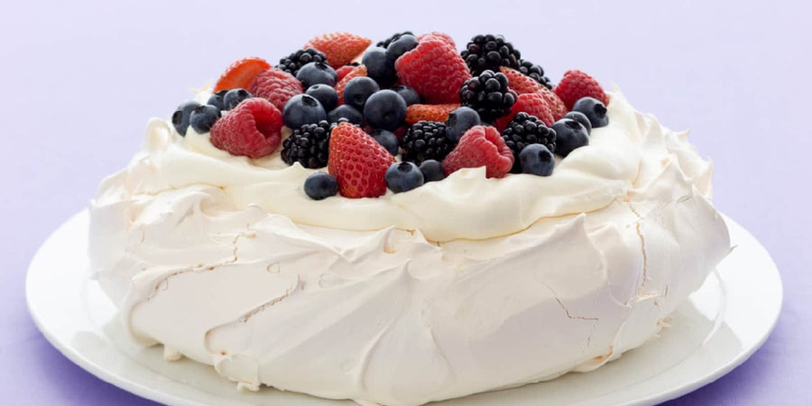 White Wings Pavlova Magic Mix Egg 125g