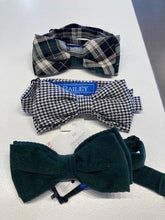 Load image into Gallery viewer, Boys Bow tie