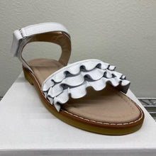 Load image into Gallery viewer, Flamenco Sandal White