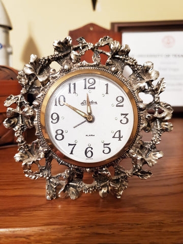 Vintage LINDEN alarm clock with gold flowers. Made in Japan