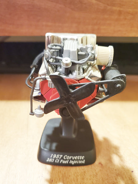 1/12 Ertl American Muscle 1957 Corvette Engine