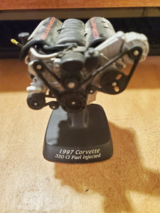 1/12 Ertl American Muscle 1997 Corvette Engine