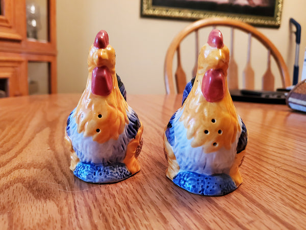 AVON  Rooster Salt & Pepper shakers