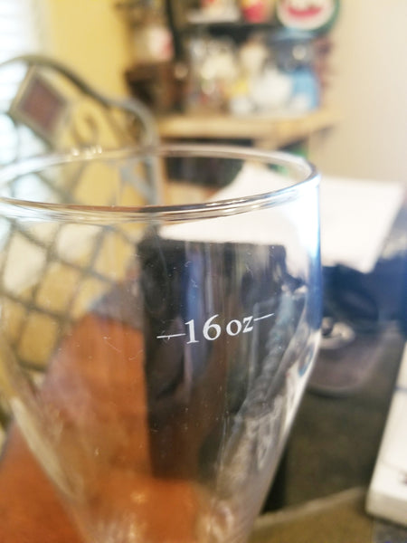 Budweiser 16 oz. pilsner glass