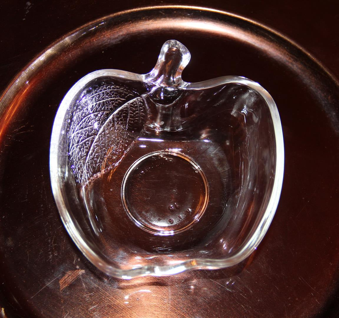 Indonesia crystal clear leaf apple shape glass nut candy dish