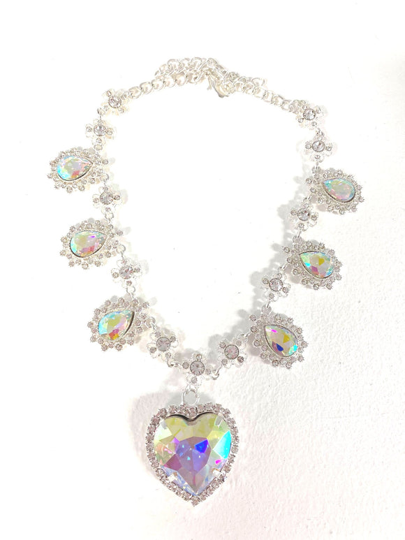 Crystal Heart Necklace - Silver x Opalescent