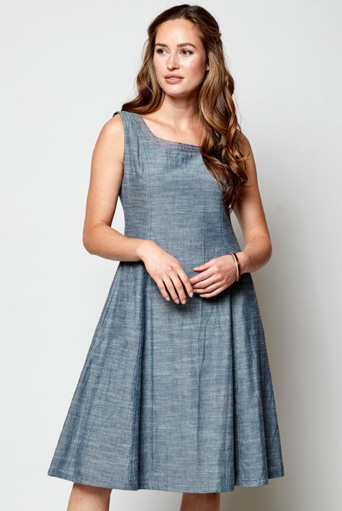 robe-Chambray-bleu-coton-texture-commerce-equitable-nomads-clothing