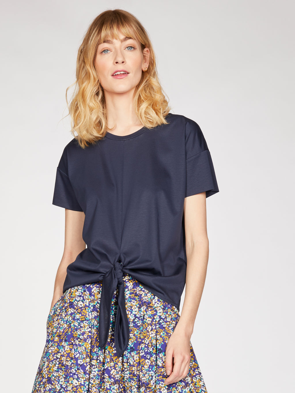 top-stephanie-col-rond-navy-noeud-taille-coton-bio-tencel-thought-clothing