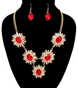 Flower Pendant Necklace Set