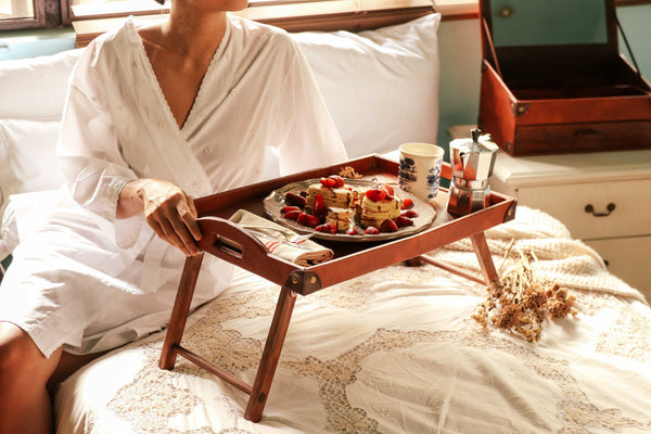 domestic bliss, domesticity, mydomesticity, how aromatherapy and crystals add romance to the bedroom