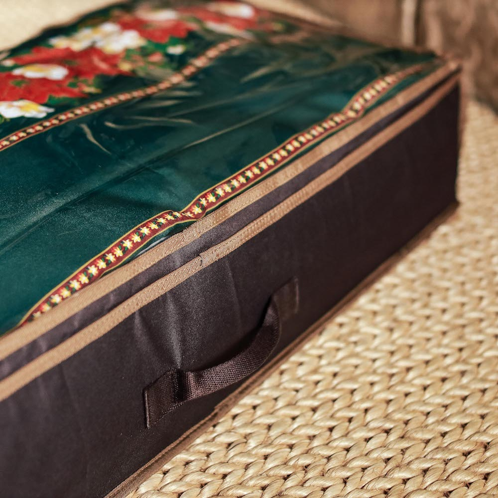 Our Christmas storage bag neatly stores your holiday linens and fabrics season after season. Available in the Philippines.
