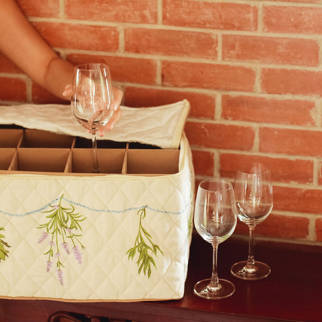 Julia Quilted Stemware Storage Case