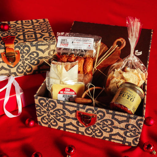 Gourmet Finds Holiday Gift Basket #1