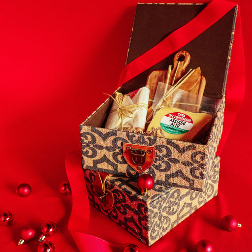 Gourmet Finds Holiday Gift Basket #2