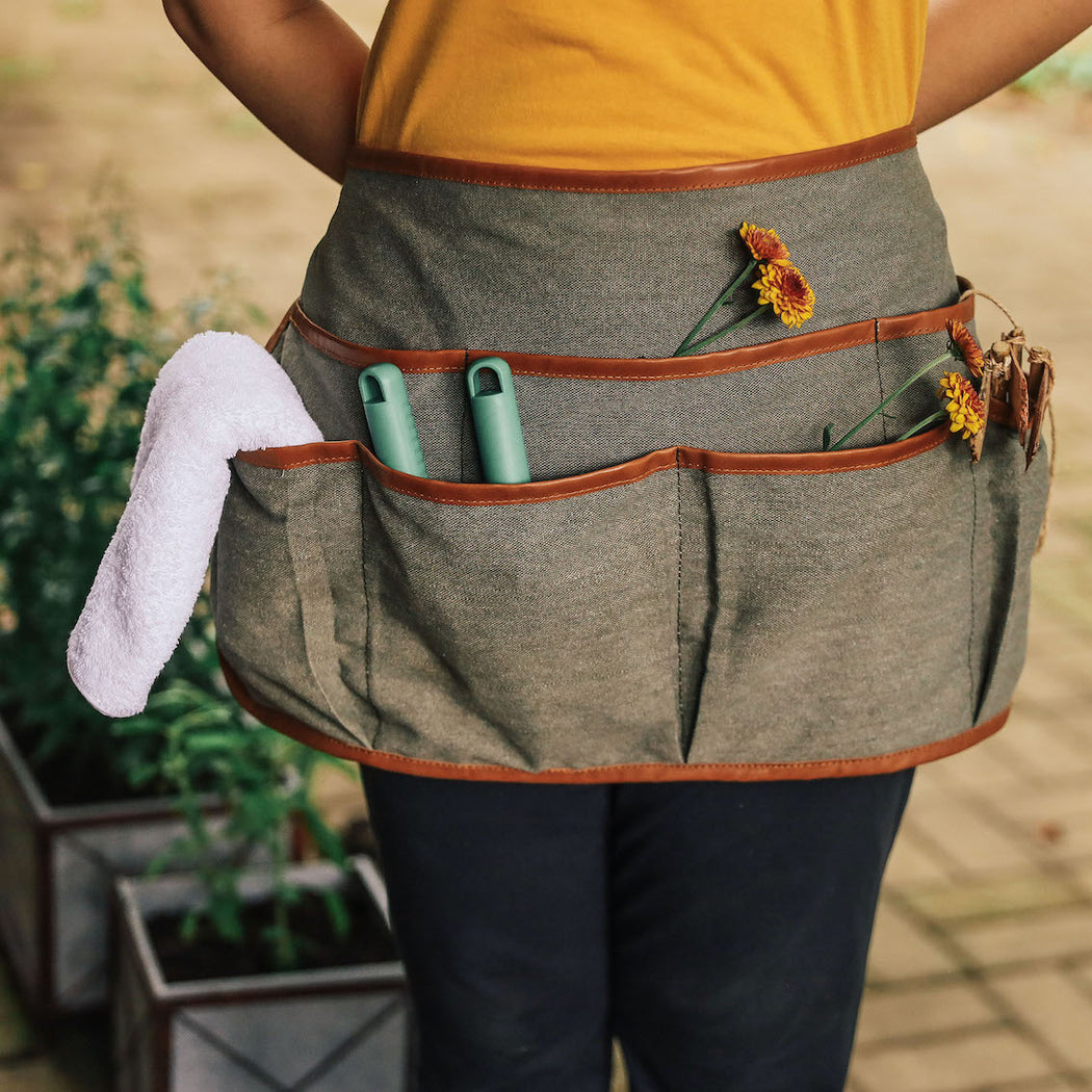 The Melanie Olive and Leather Garden Apron ( Domesticity x Hindy Weber )