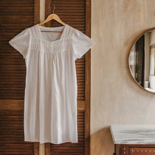 Isabela White Cotton Nightgown