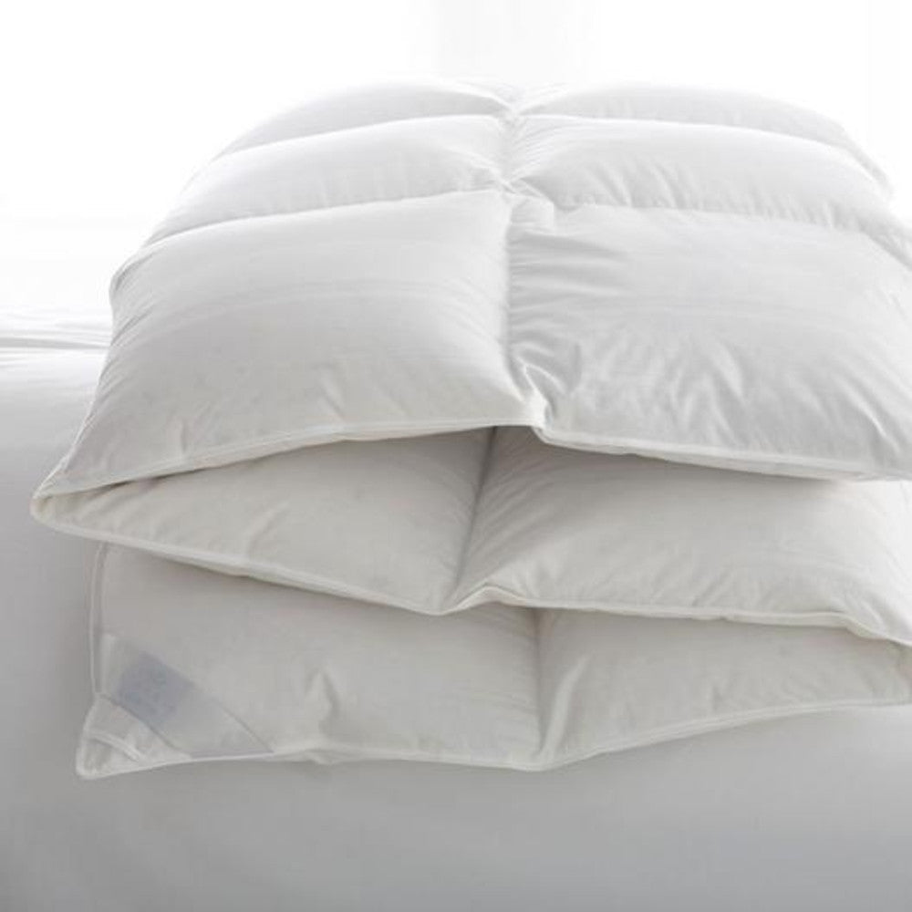 Scandia Lucerne Hungarian White Goose Down Comforter