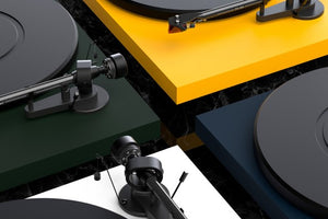 Pro-Ject Debut Carbon EVO (New Model 2020)