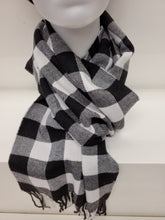 Load image into Gallery viewer, Winter Scarf Buffalo plaid black & white