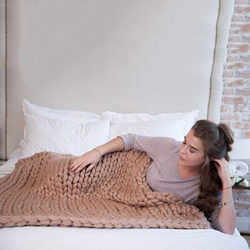 Chunky Knitted Blanket, Braided Throw|Comfy Blankets|Cuddling Blanket
