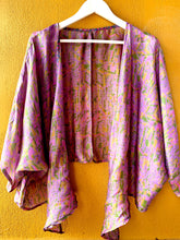Load image into Gallery viewer, Sun Toucher Short Kimono