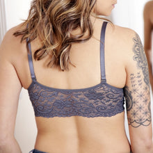 Load image into Gallery viewer, Seamless Scoopneck Bra with Lace Back