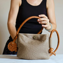 Load image into Gallery viewer, Hayat Mini Leather Shoulder Bag