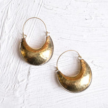Load image into Gallery viewer, Kamah Crescent Earrings