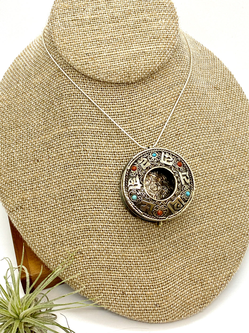 Open Tibetan Mantra Box Necklace