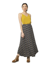 Load image into Gallery viewer, Floral Glastonbury Maxi Skirt
