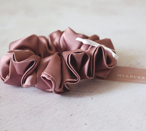 Silk Scrunchie - Tea Rose (dusty pink)