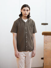 Load image into Gallery viewer, Kestin Hare - Crammond Shirt - Olive