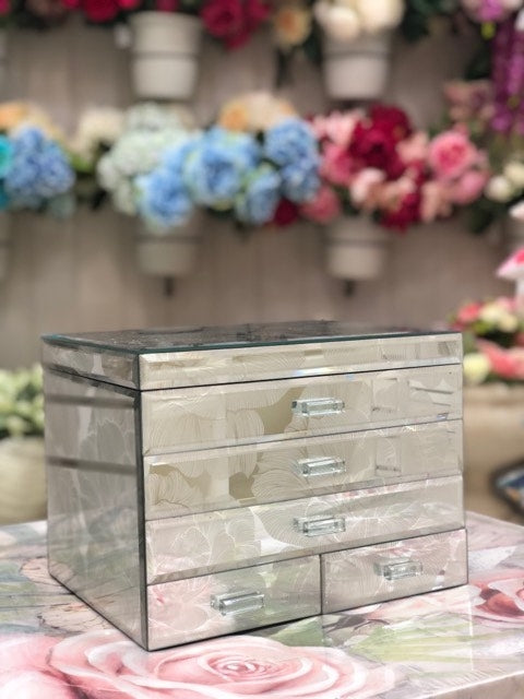 Wholly Rose Super Jumbo Jewellery Box
