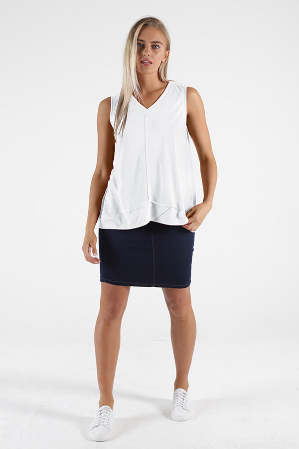 Halle Tank - White || Betty Basics