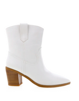 NORTH ANKLE BOOTS - WHITE