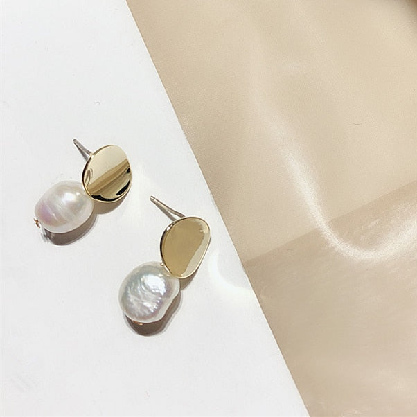 AOMU Korea Design Metal Gold Geometric Irregular Circle Square Natural Freshwater Pearl Stud Earrings for Women Girl Gift