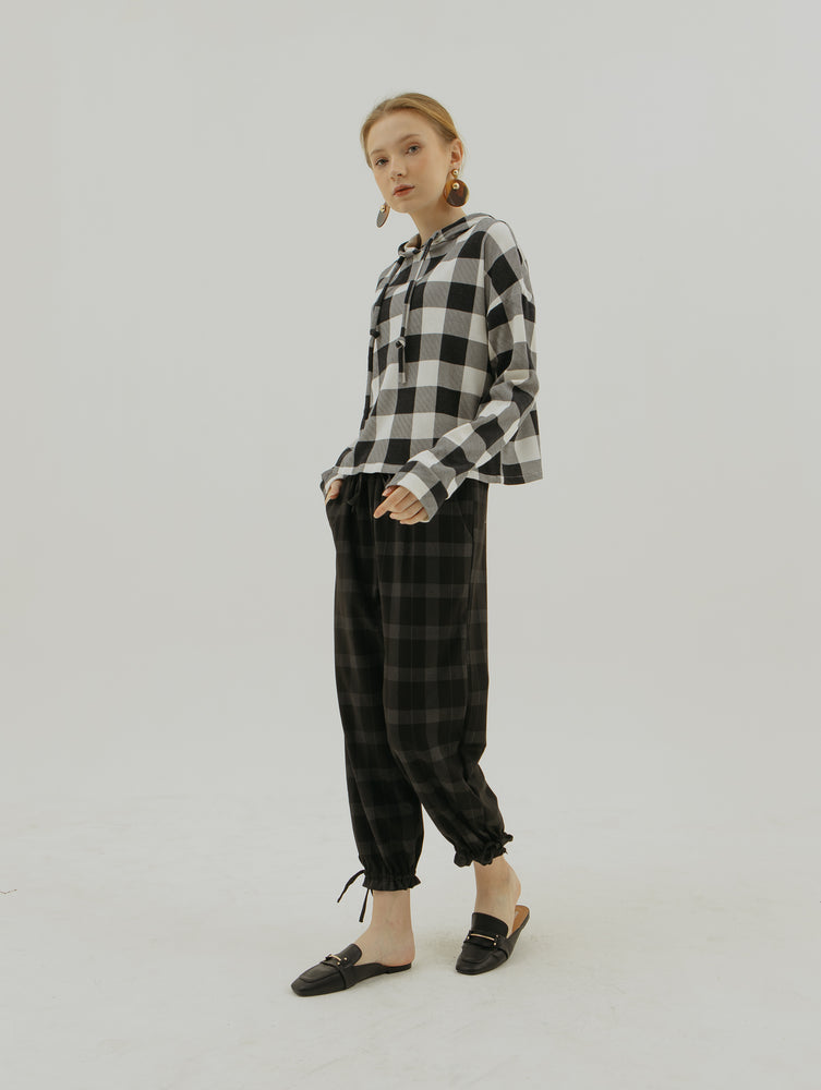 Mono Checkered Sweater