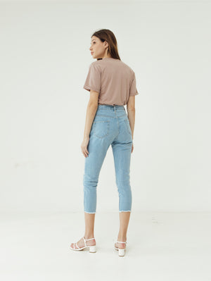 Load image into Gallery viewer, Number 61 Lipat Basic Women T-shirt in Blush Pink
