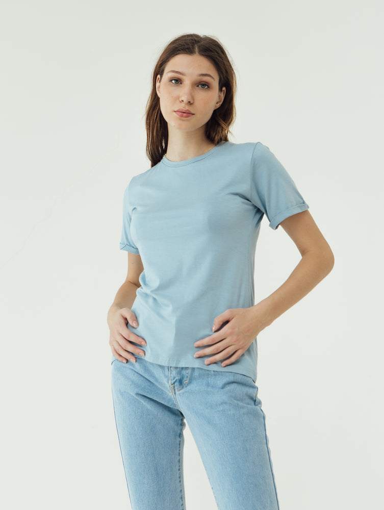 Number 61 Lipat Basic Women T-shirt in Sky Blue