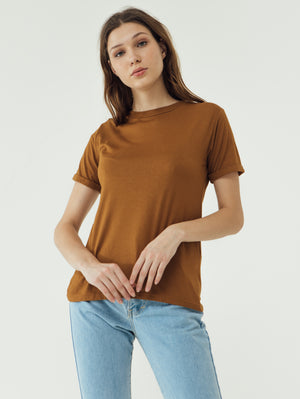 Number 61 Lipat Basic Women T-shirt in Oak