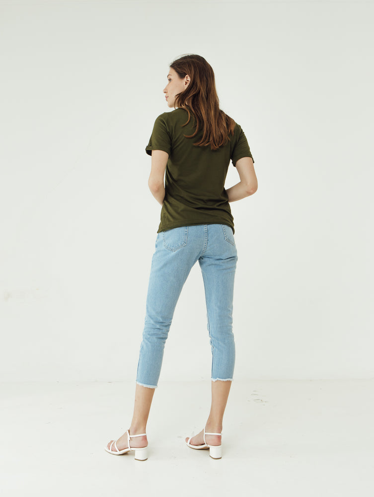 Number 61 Lipat Basic Women T-shirt in Olive Green