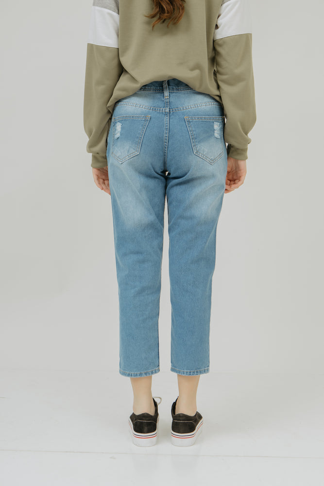 Number 61 - Plava Ripped Jeans