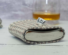Load image into Gallery viewer, Beige & Grey Houndstooth Harris Tweed Hip Flask