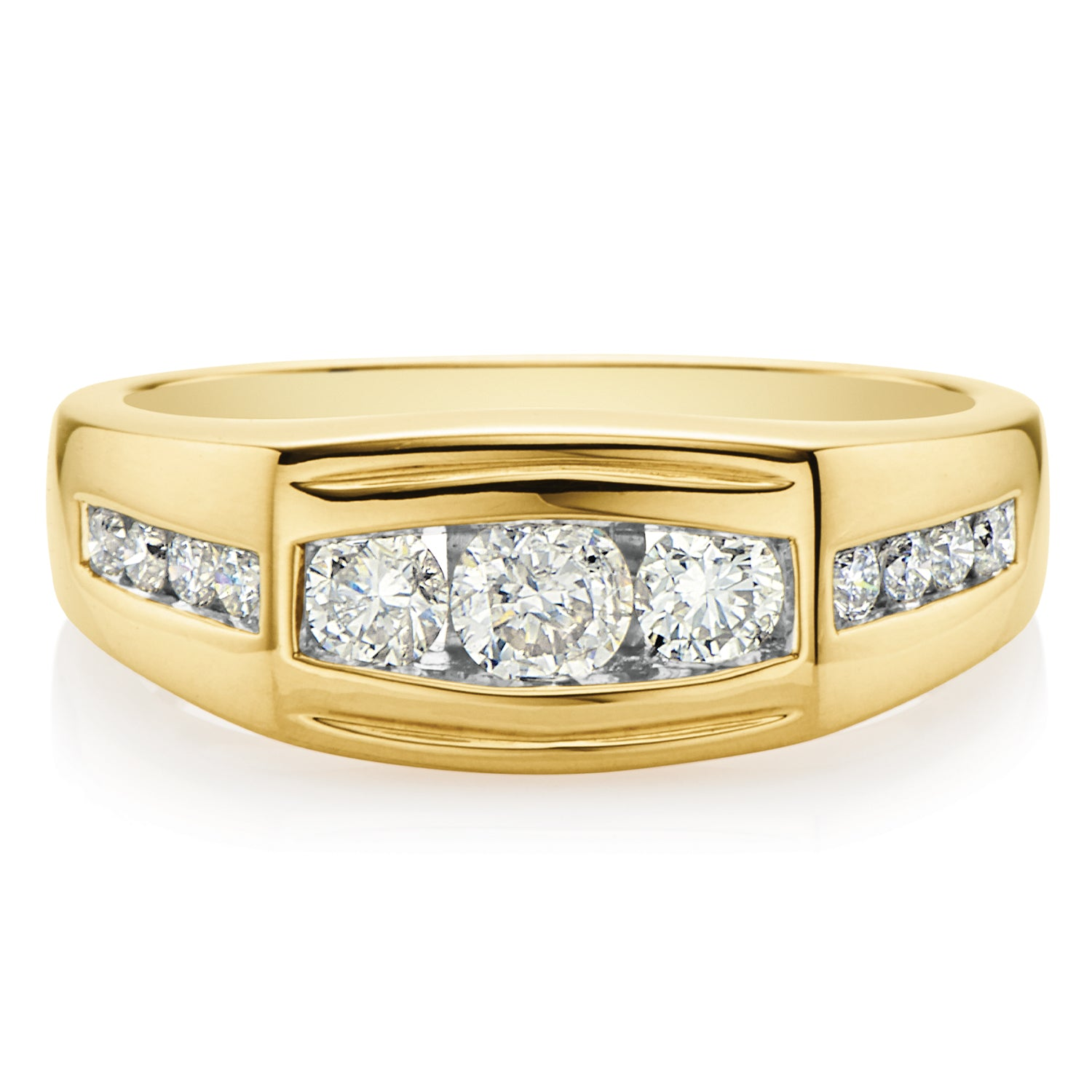 9ct Yellow Gold Round Brilliant Cut with 1 CARAT tw of Diamonds