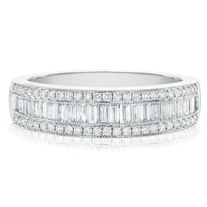 Rand 18ct White Gold Round Brillant & Baguette Cut with 0.70 CARAT tw of Diamonds