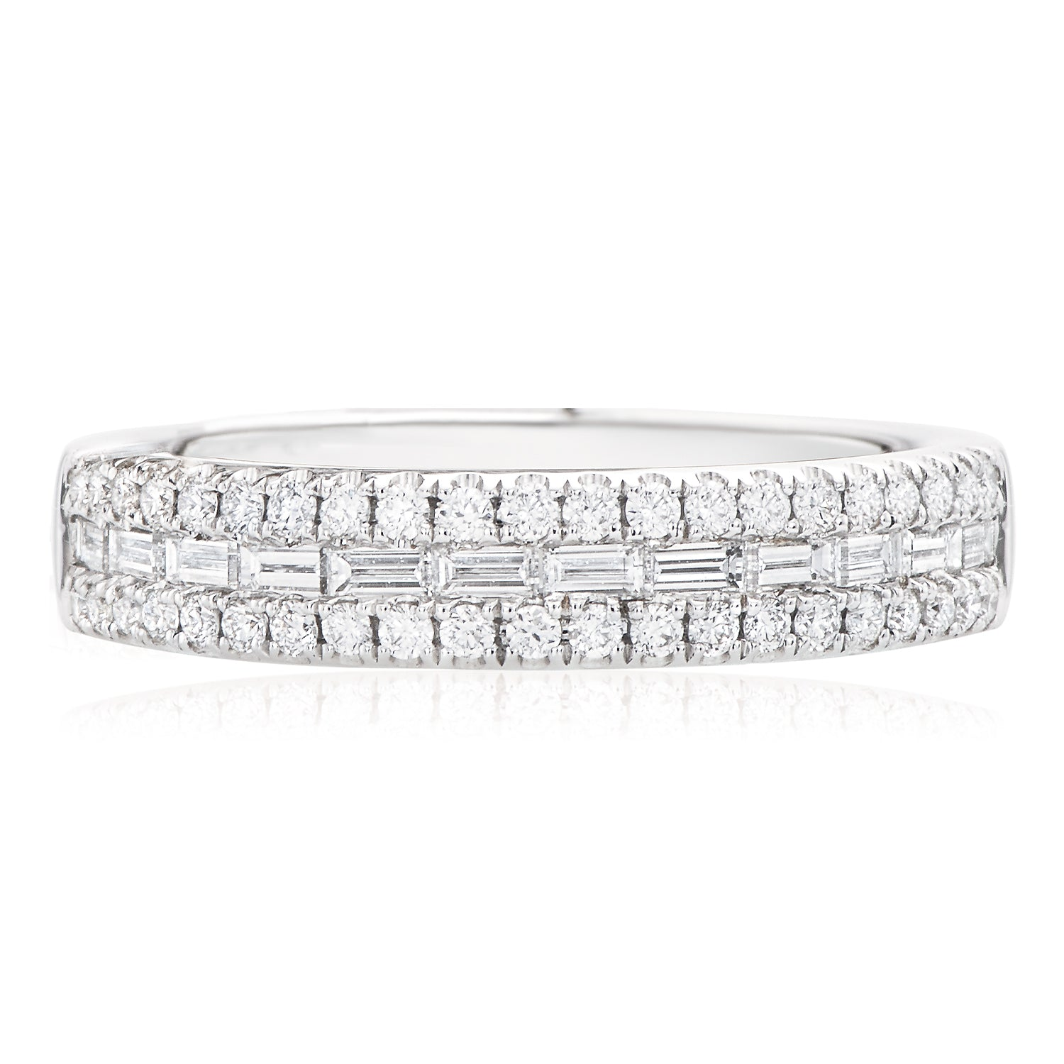 Rand 18ct White Gold Round Brillant & Baguette Cut with 0.60 CARAT tw of Diamonds