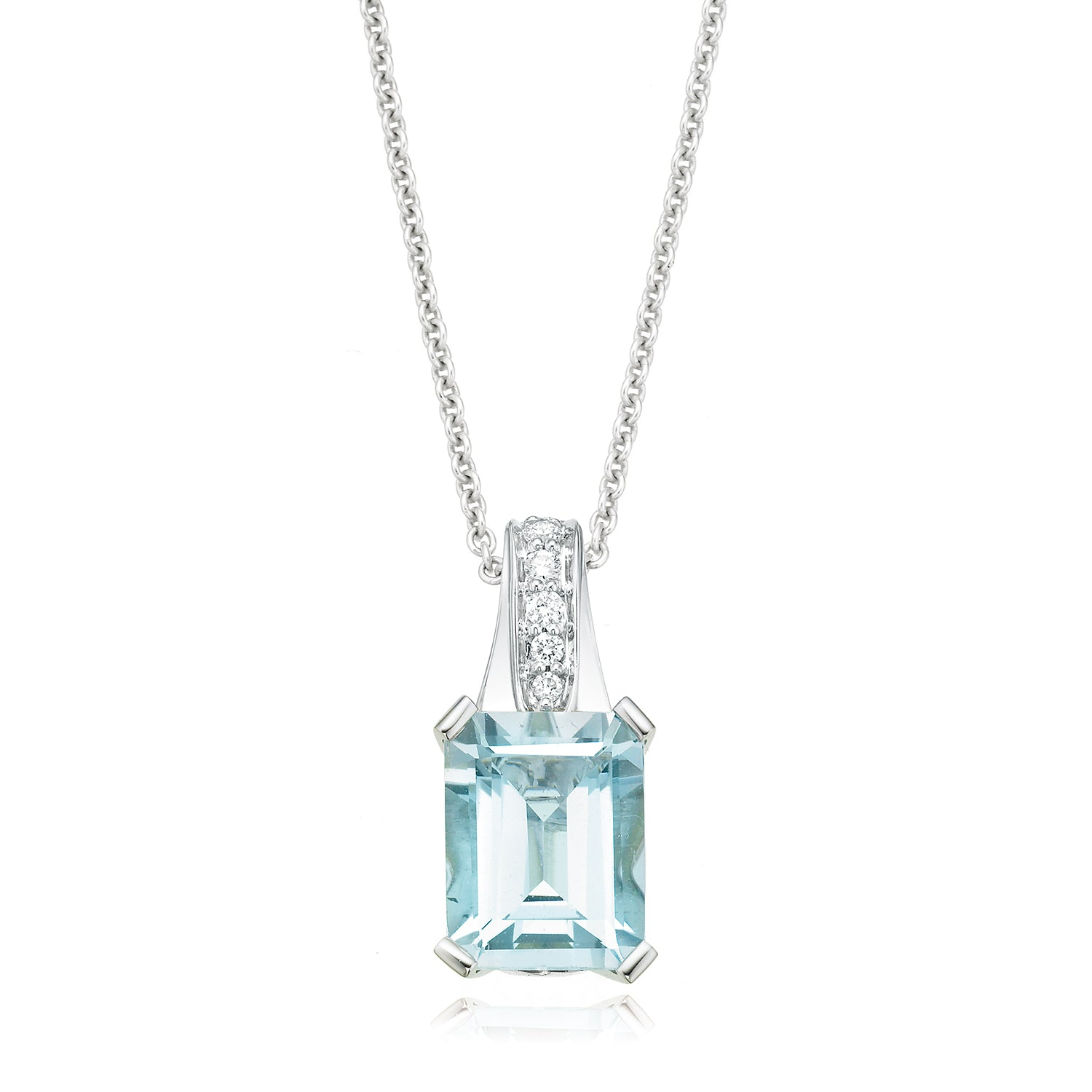 18ct White Gold Emerald Cut Aquamarine Diamond Pendant Set